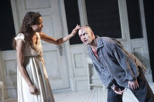 frankenstein: Naomie Harris  and Jonny Lee Miller in Frankenstein