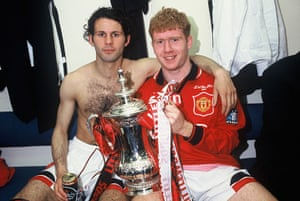 Giggs 20 Years: Ryan Giggs and Paul Scholes of Manchester United celebrate with the FA Cup