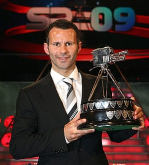 Giggs 20 Years: GGiggs wins BBC Sports Personality of the Year 2009 Sheffield