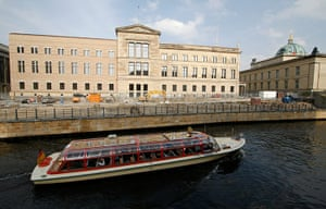 David Chipperfield: River Spree in front of the Neues Museum