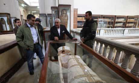 Zahi Hawass at the Egyptian Museum