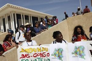 Social Forum: Activists and journalists wait to see  Luiz Inacio Lula da Silva
