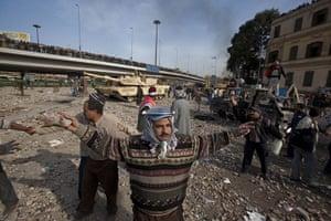 sean smith in egypt: The anti government lines near Tharir Square, Cairo