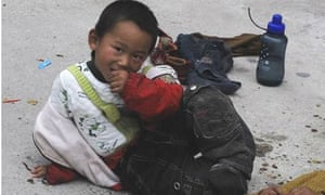 Kidnapped boy called Yang Weixin found begging on street