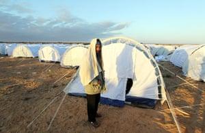Libya: Egyptian refugees flee Libya