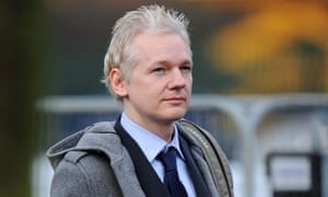 Julian Assange in Court to Determine Dates of Extradition Hearing