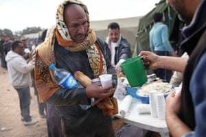 Libra unrest continues: Foreign Workers And Refugees Flee As Violence Continues In Libya