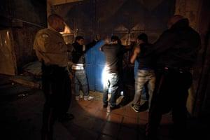 Venezuela Caracas : Caracas, Venezuela. Saturday night police do random stop and search