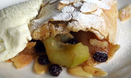 Perfect apple strudel