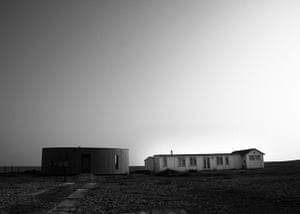 in pictures: difference: beach of Dungeness