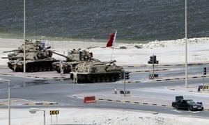 Bahraini army tanks on streets of Manama