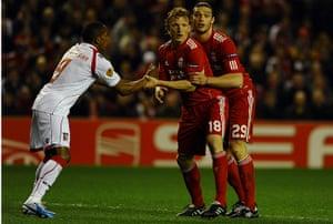 sport3: Liverpool's Andy Carroll (R) and Dirk Ku