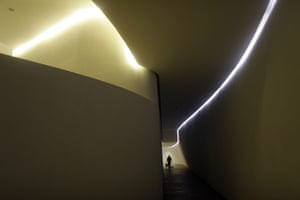 Soumaya Museum Mexico: spiralling corridors