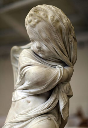 Soumaya Museum Mexico: Italian sculptor Antonio Rossetti's Amore Secreto