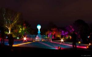 Inverleith Park lighting monument