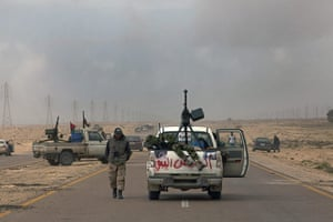 Sean Smith In Libya: 21 March: Rebel fighters on the frontline of the outskirts of Ajdabiya