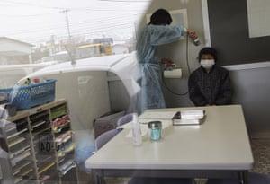 Japan : screening for radiation in Yonezawa