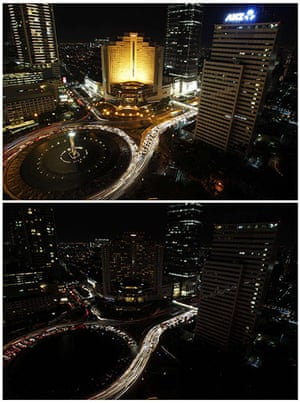 Earth Hour: Welcome Statue fountain before and during Earth Hour in Jakarta