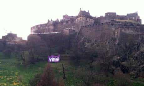 The 'Yes to AV' campaign banner at Edinburgh Castle