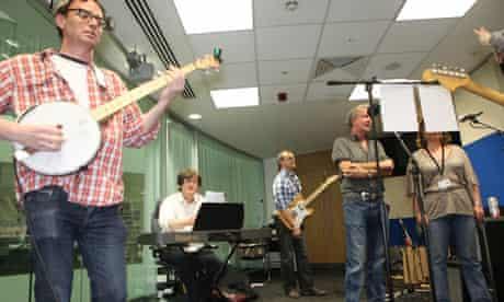 Guardian band Radio Eds cover Radiohead's song Creep