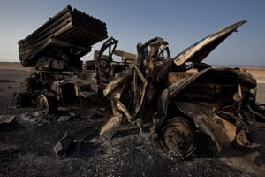 sean smith in libya: artillery rocket launchers destroyed by Nato airstrikes in Ras Lanuf