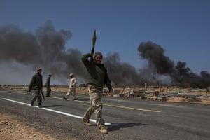 sean smith in libya: rebel forces advance through Wadi Harawa, Libya