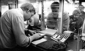 POST OFFICE, BRITAIN - 1989