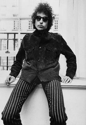 Top 10: fashionable males: Bob DYLAN