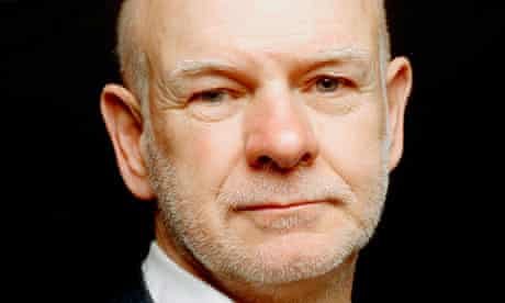 Howard Davies has resigned as director of the London School of Economics.