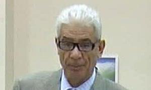 Libya conflict: Gaddafi's close ally Mousa Kousa defects