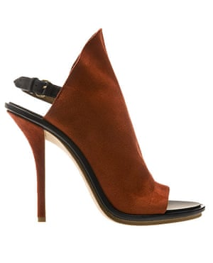briefing07: Sandal by Balenciaga