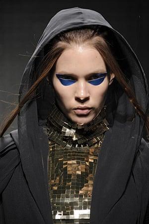 briefing07: Gareth Pugh makeup