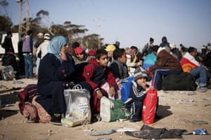 Children from Libya: Refugees camp at Tunisian border