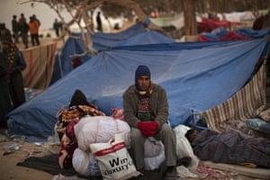 Libya Ras Jdir: A man from Bangladesh waits for information regarding his repatriation