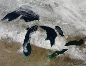 Satellite Eye on Earth: Snow storm over Great Lakes