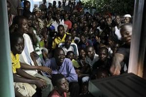 Ivory Coast: Alassane Ouattara's television address in Kossihen