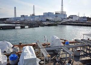 Fukushima disaster: 4 April: A US military barge carrying pure water leaves Fukushima