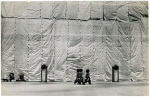 John G. Morris auction: Buckingham Palace Being Cleaned, late 1960's