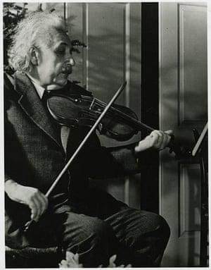 John G. Morris auction: Albert Einstein, Life assignment, 1940