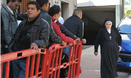 Migrants are issued residence permit enabling them  to go to France