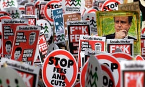Student protests as ministers vote rise in tuition fees