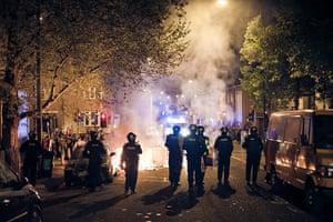 Tesco riots in Bristol: Police oficers in riot gear in Stokes Croft