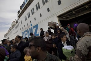 Misrata Libya: Evacuees arrive by ship in the port of Benghazi, Libya