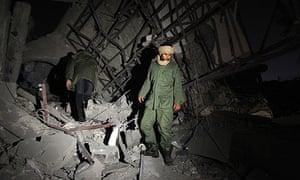 Nato hits Gaddafi compound
