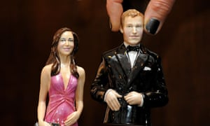 Porcelain figures of Prince William and