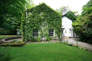 Property: Ivy cottage, Newton-Le-Willows