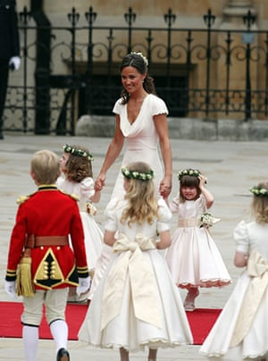 Wedding procession: Kate Middleton's sister Pippa arrives at Westminster Abbey with bridesmaids