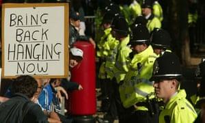 Ian Huntley capital punishment protesters