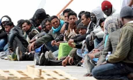 North-African migrants arrive on Lampedusa