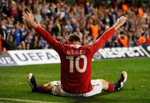 Chelsea v United: Manchester United's Wayne Rooney celebrates after scoring against Chelsea